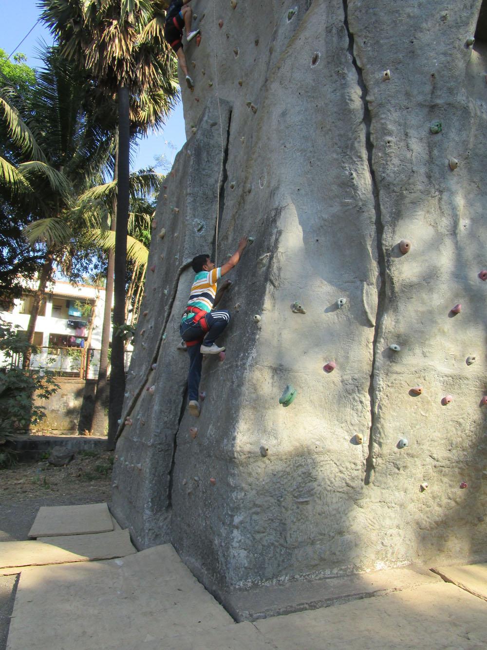arun-samant-wall-10-2