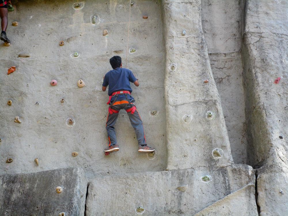 arun-samant-wall-12-2