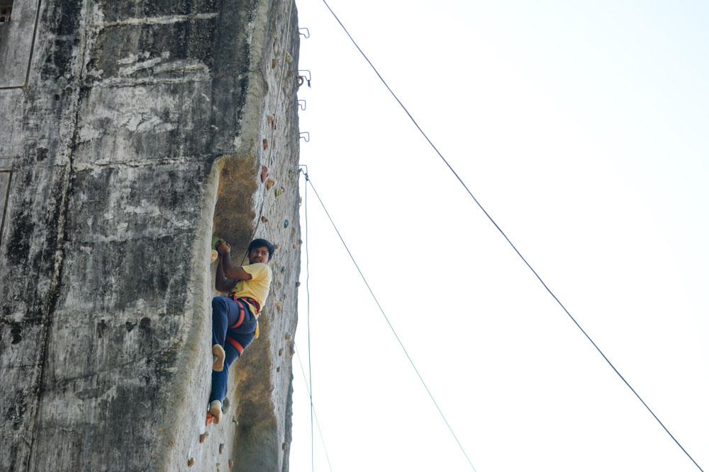 arun-samant-wall-6